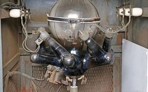 水银电弧整流器